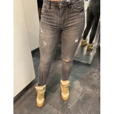 Queen hearts jeans.