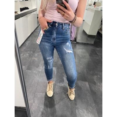 Hello miss boyfriend jeans
