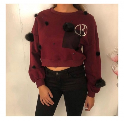 RELISH CROPPED SWEATER.
