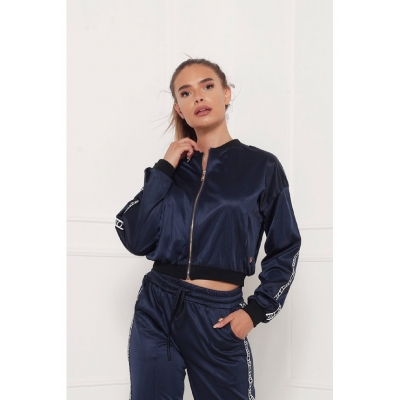 Delousion jacket