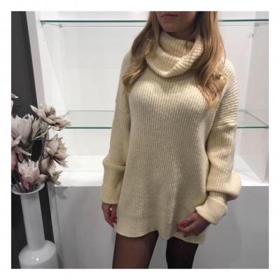 Oversized sweaters.